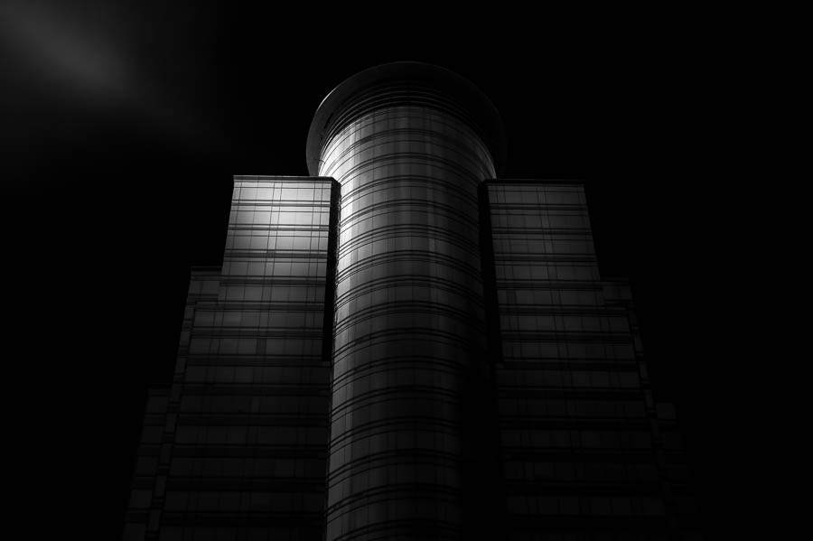 How to Create a Black and White Architecture Fine Art Photography